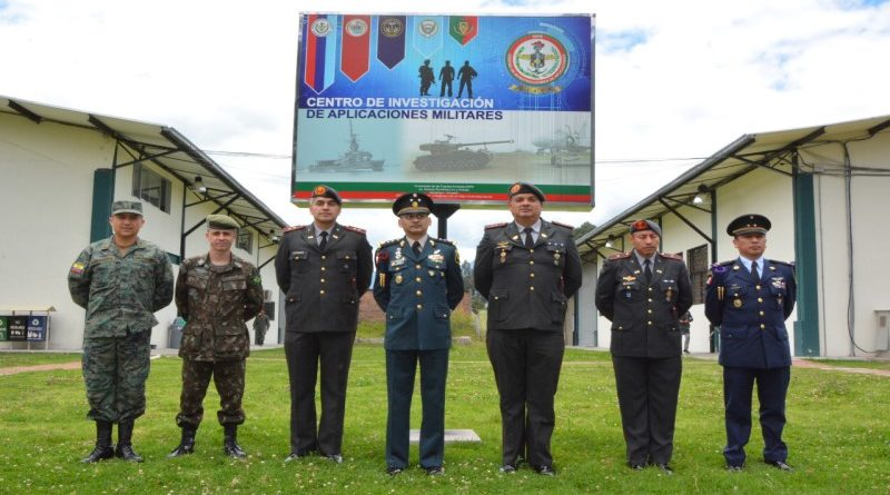 IADB visits Ecuadorian Armed Forces facilities