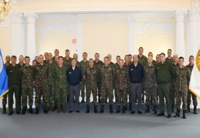 Brazilian Army Commander visits the IADB
