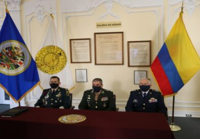 IADB signs cooperation agreement with the Colombian War College
